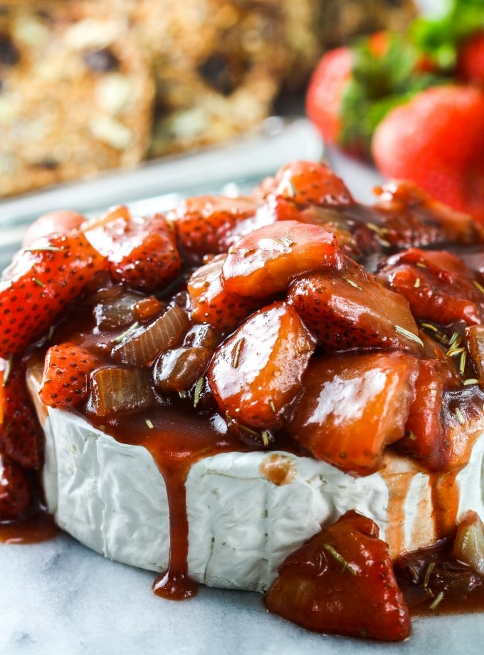 easy brie appetizer recipe topped with strawberries