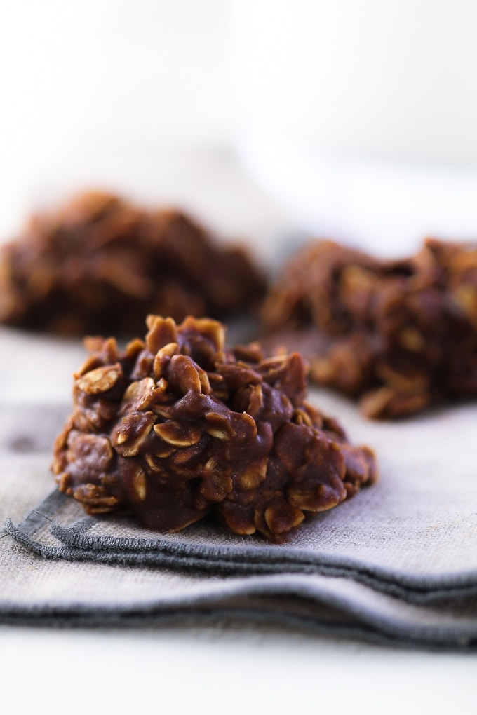 I Loved These No Bake Oatmeal Chocolate Cookies As A Kid And Still Do
